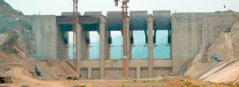 Staudamm Cua Dat, Vietnam - Stahlwasserbau Montanhydraulik GmbH